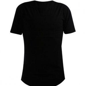 برش تیشرت های مردانه و زنانه